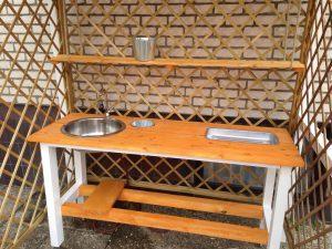 gartenk che f r barbecue grillfest selbst bauen kenny baut. Black Bedroom Furniture Sets. Home Design Ideas